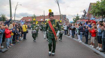 Huldiging OLS-winnaar St. Willibrordus: Het is één groot feest in Meijel (Foto's)